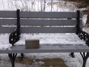 bench w sample